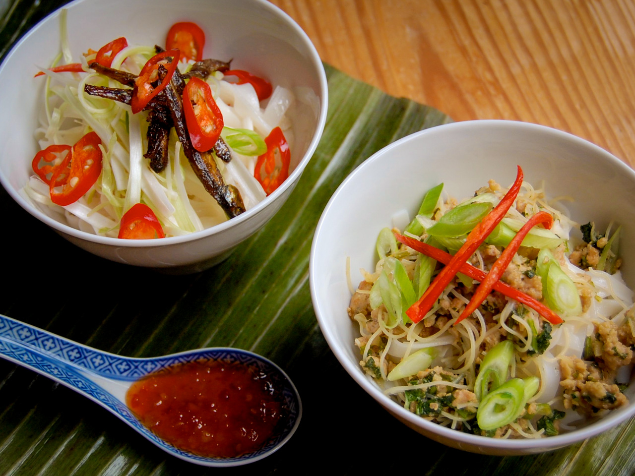 Noodles with chilli & salt-fish salad