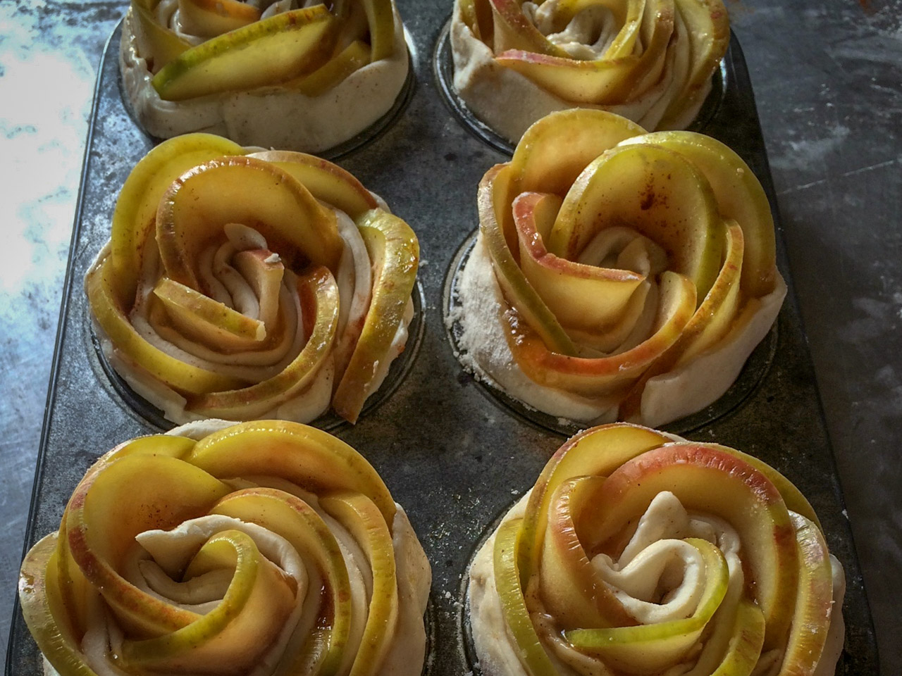 Individual apple tarts